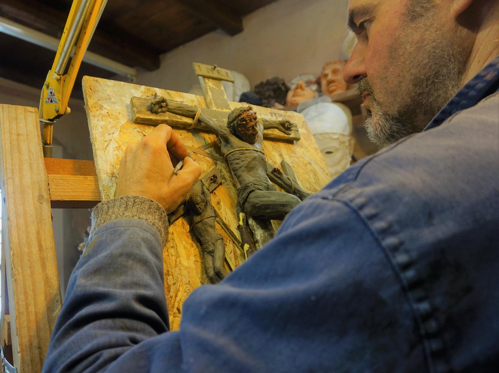 Miniatura modello per la XII formella della Via Crucis